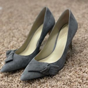 Ann Taylor Bow Pumps
